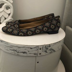 Ann Taylor 1/2 shoes with matching clutch sold sep